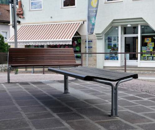 Public bench / contemporary / wooden / metal CONTOUR : 324 – 326 GUYON