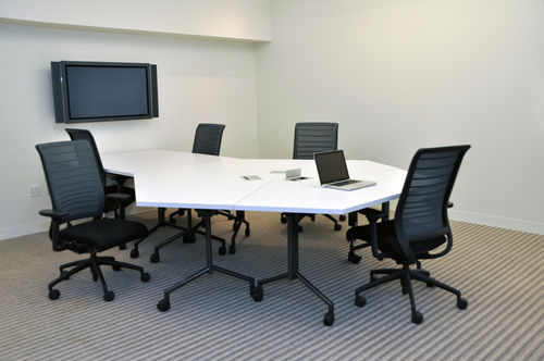 contemporary boardroom table / wooden / laminate / round