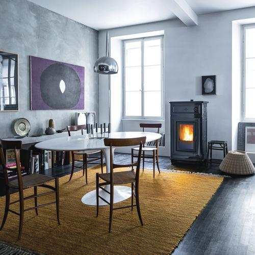 pellet boiler stove / traditional / cast iron / ceramic