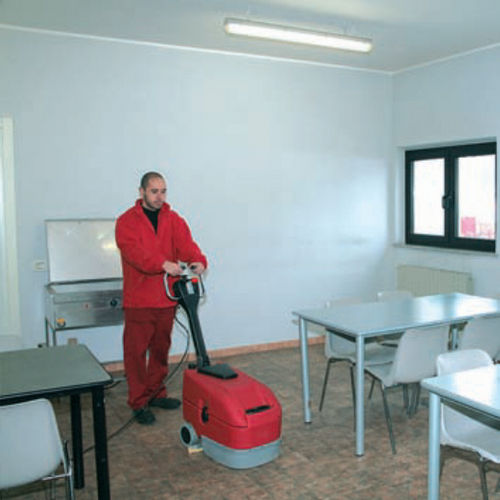 Commercial carpet cleaner / upright WET 350 BIEMMEDUE SpA