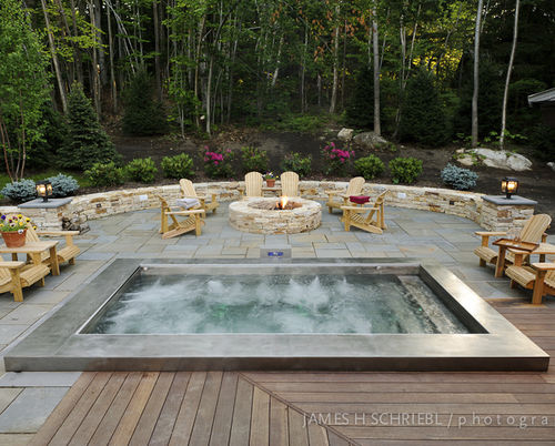 built-in stainless steel hot-tub with automatic cover (custom made) Diamond Spas