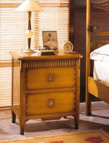 classic style bed-side table N50 PREGNO