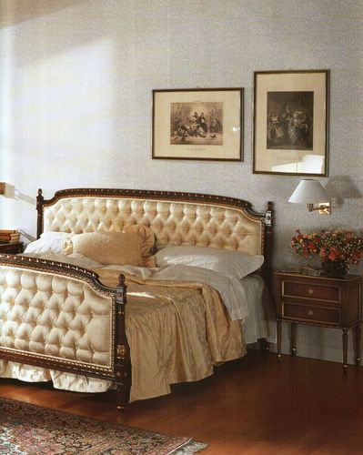 classic style double bed AC-701-19 Signature Home Collection