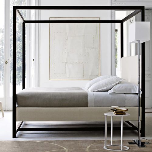 contemporary canopy double bed by Antonio Citterio ALCOVA 2009  MAXALTO
