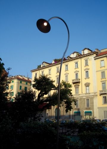 contemporary garden lamp post FOR M: LILIA by Peter Zumthor Viabizzuno