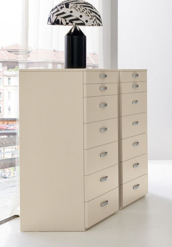 contemporary lacquered chiffonier START SETTIMANALE Clever