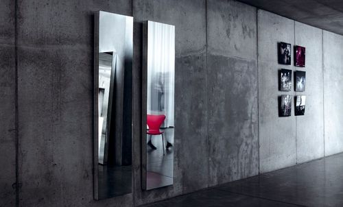 contemporary wall mirror NUDE by Annemie Vanzieleghem Reflect +
