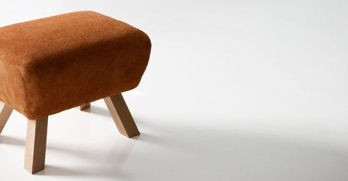 design bench in certified solid wood (FSC-certified) PIGLET by Steuart Padwick BENCHMARK