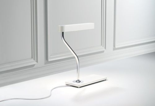 design desk lamp BERNHARD design