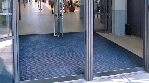 dust control entrance mat for commercial building TOP CLEAN TREND® WITH RIBBED CARPET AND BRUSH STRIP Geggus EMC