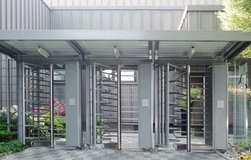 full height turnstile for access control FTS Kaba Gallenschuetz