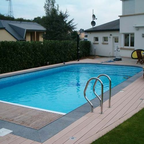 inground concrete swimming pool (polymer formwork) AUTHENTIC'&Ocirc; Mondial Piscines