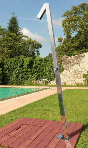 outdoor stainless steel shower ZENIT: Q70 Fontealta