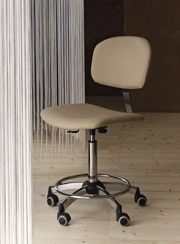 stool with casters for hairdressers (with backrest) IDEAL Medical &amp; Beauty