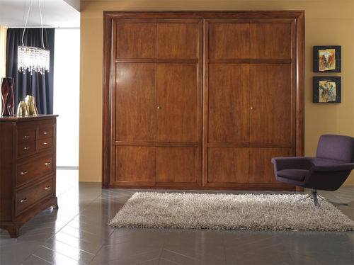 traditional wooden wardrobe FOUR SEASONS Stilema