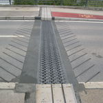 polymer concrete expansion joint / road