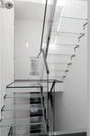 straight staircase / half-turn / glass frame / glass steps