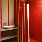 coloured micro-cement based decorative plaster for interior SOL / MUR ROUVIERE