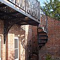 exterior staircase / spiral / frame / wrought iron steps - VT/22/1