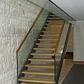 straight staircase / lateral stringer / and glass frame / with a metal and steps - STARLIGHT