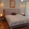 king size bed / queen size / semi-double / Chesterfield