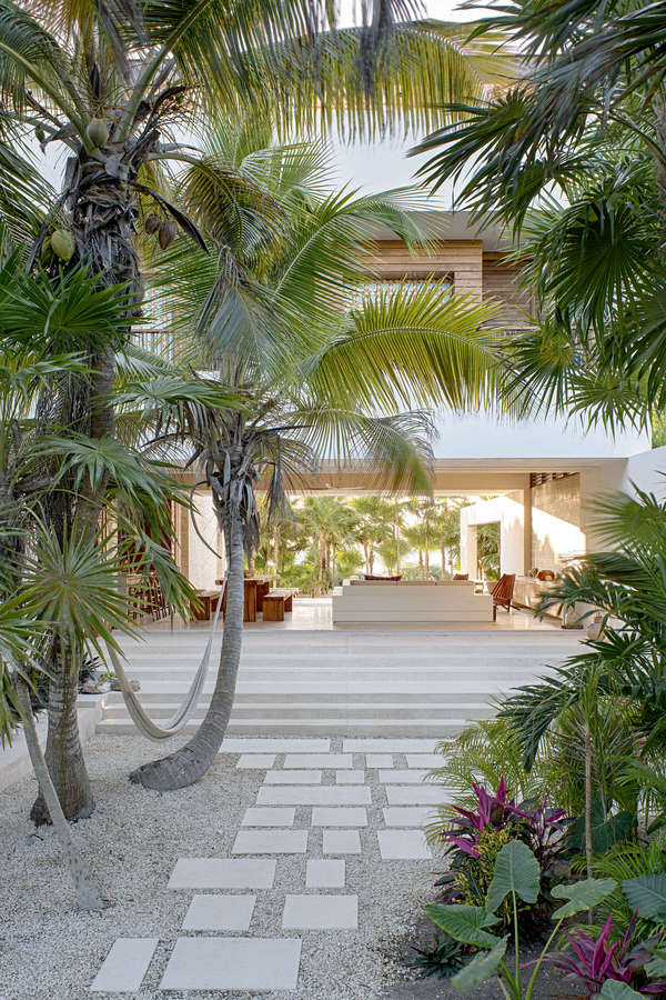 Eco friendly house in mexico does not sacrifice style