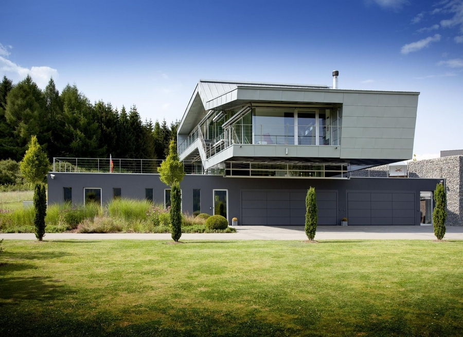 An engineers incredible high tech dream home
