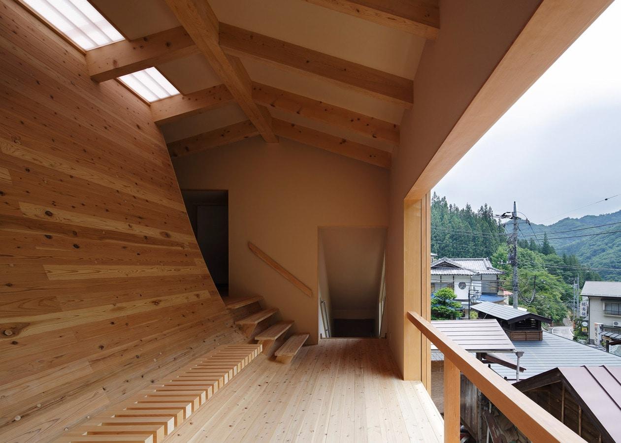 Curved Architecture Kubo Tsushima Architects Creates Curved Cedar Interior Inside