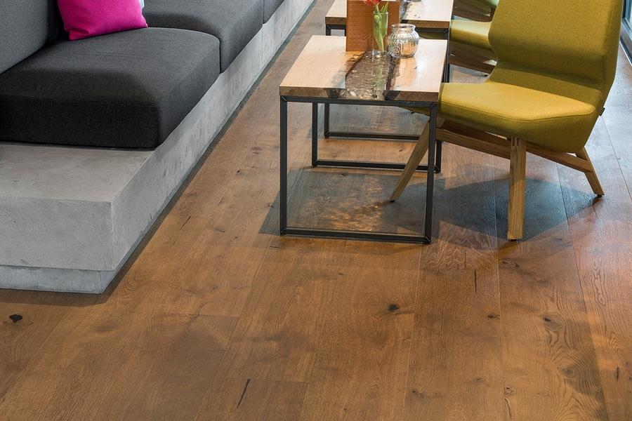 Mafi Parkett the mafi oak country vulcano medium combines modern design and