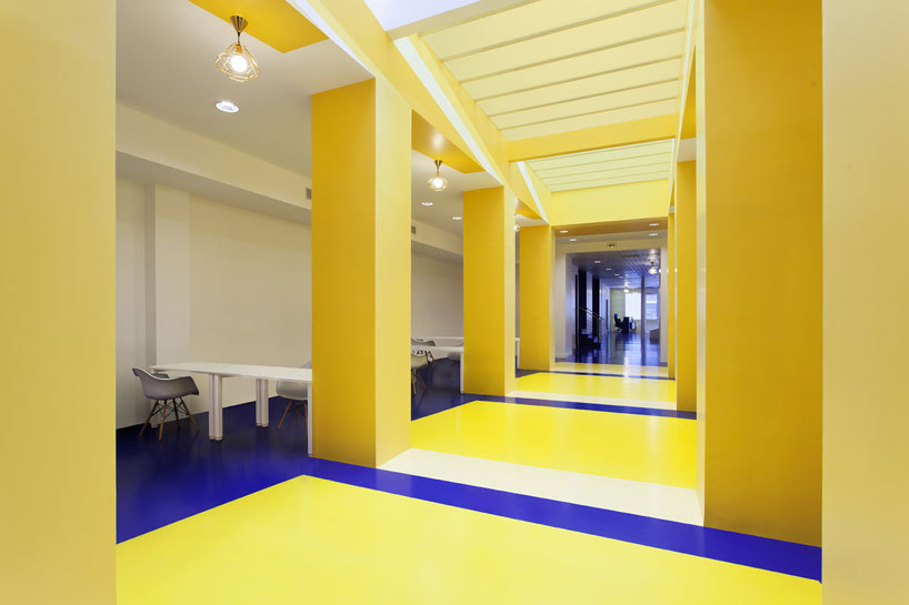 Office space colors Color Scheme Malka Architecture Defines Parisian Office Space With Bold Colors Upcykleme Malka Architecture Defines Parisian Office Space With Bold Colors