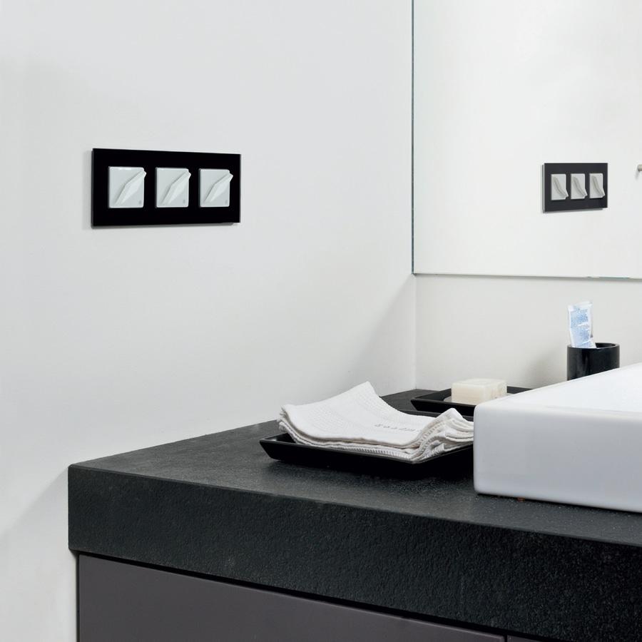 NEW: light switch by Gi Gambarelli - Gi Gambarelli