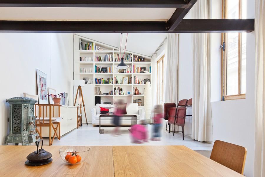 nzi architectes transforms atelier into loft - Table Atelier Loft