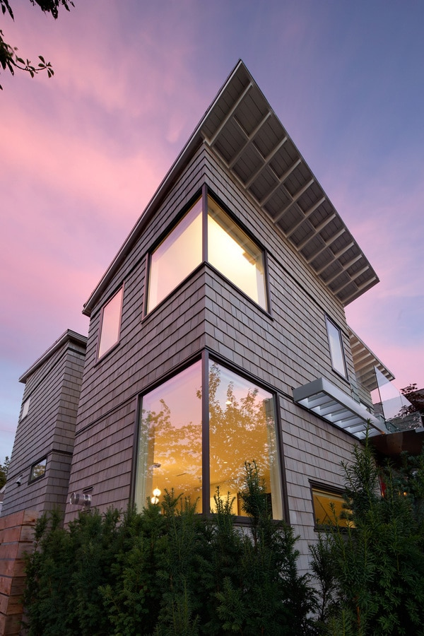 Randy Bens Designs A House On A Corner Lot In Vancouver ...