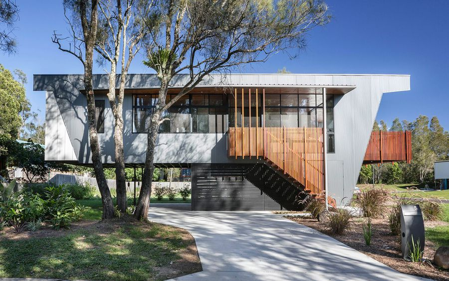 Passive solar beach house is a contemporary take on the Australian ...
