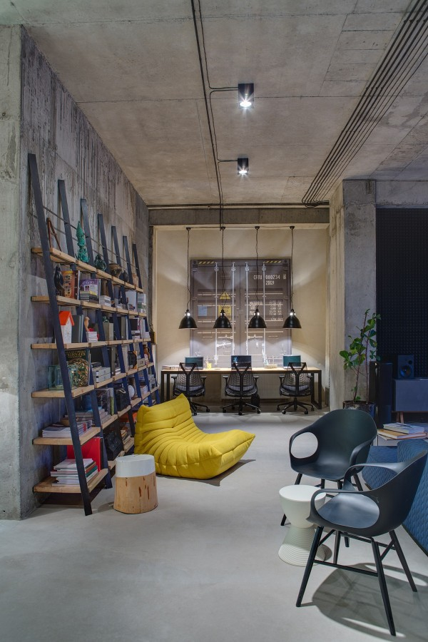 This modern office space is as stylish and livable as any urban loft
