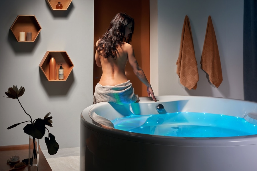 Your Very Own Home Air Massage Tub - Bellevue, WA, USA - AQUATICA ...