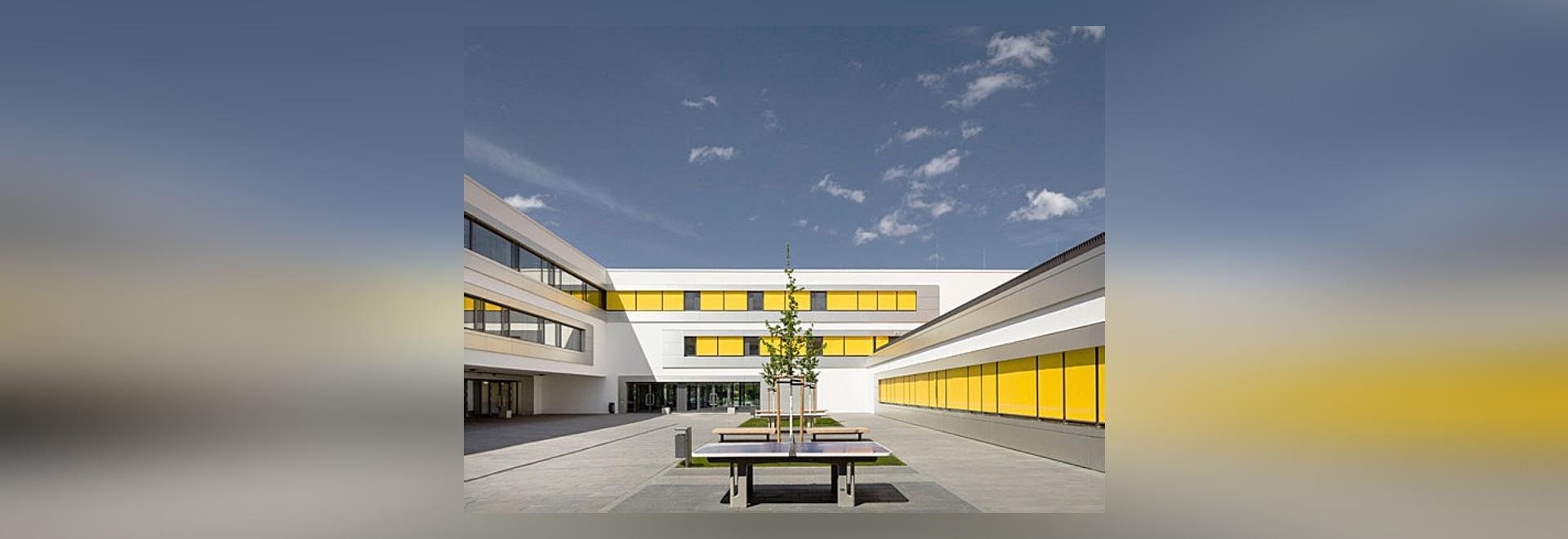 3. Schule Leipzig - Modern School : Aluminium facade contributing to passive house standard