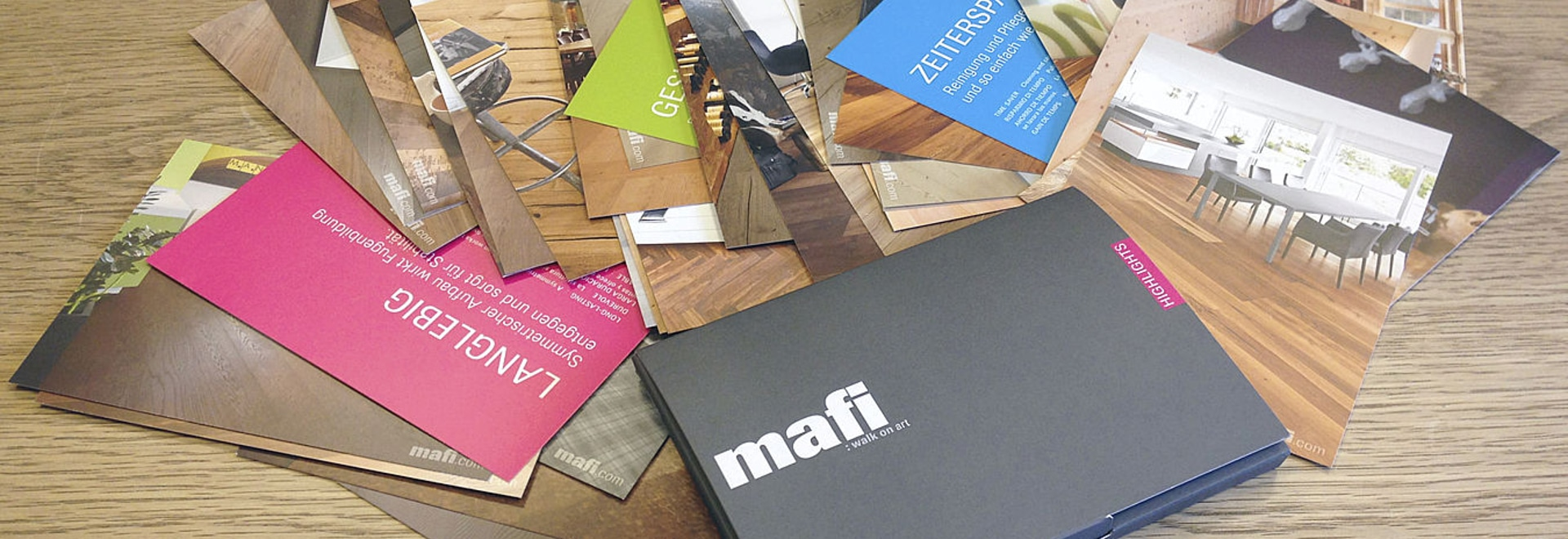 About Hunters and Collectors - new mafi Card Box