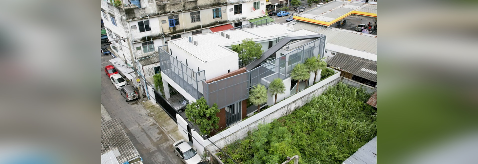 archimontage creates chokchai 4, an oasis from the bustle of bangkok