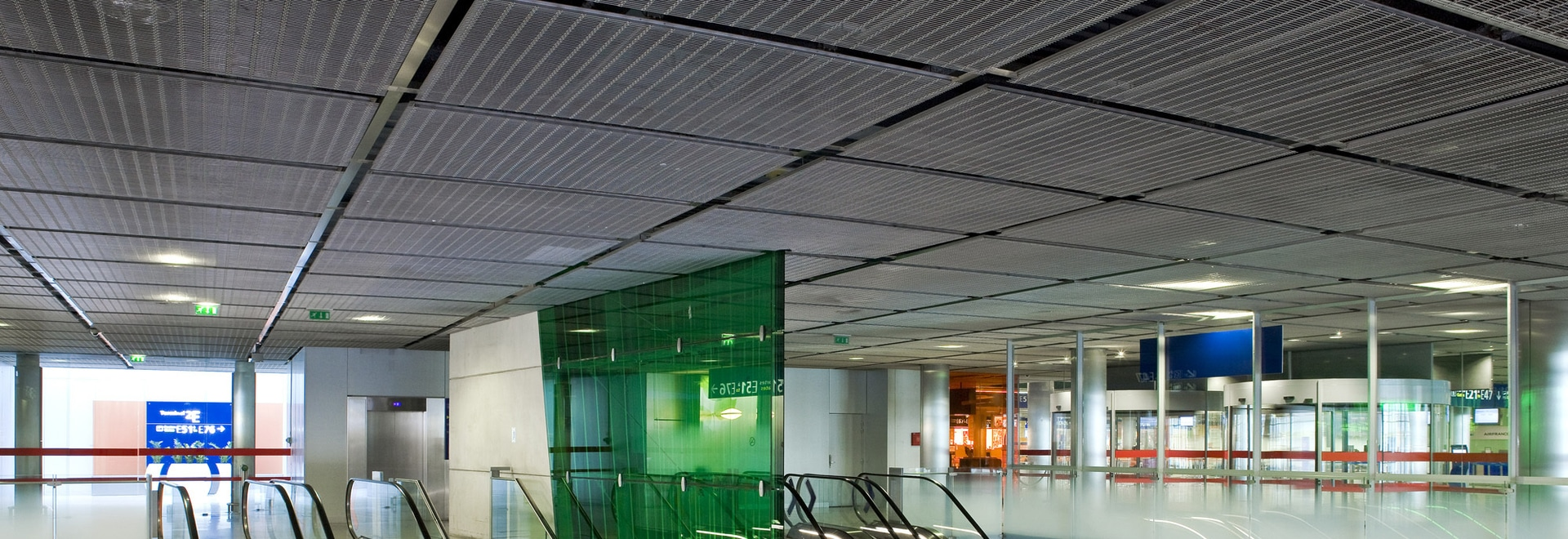 Design and function with wire mesh - Paris, France - HAVER & BOECKER OHG