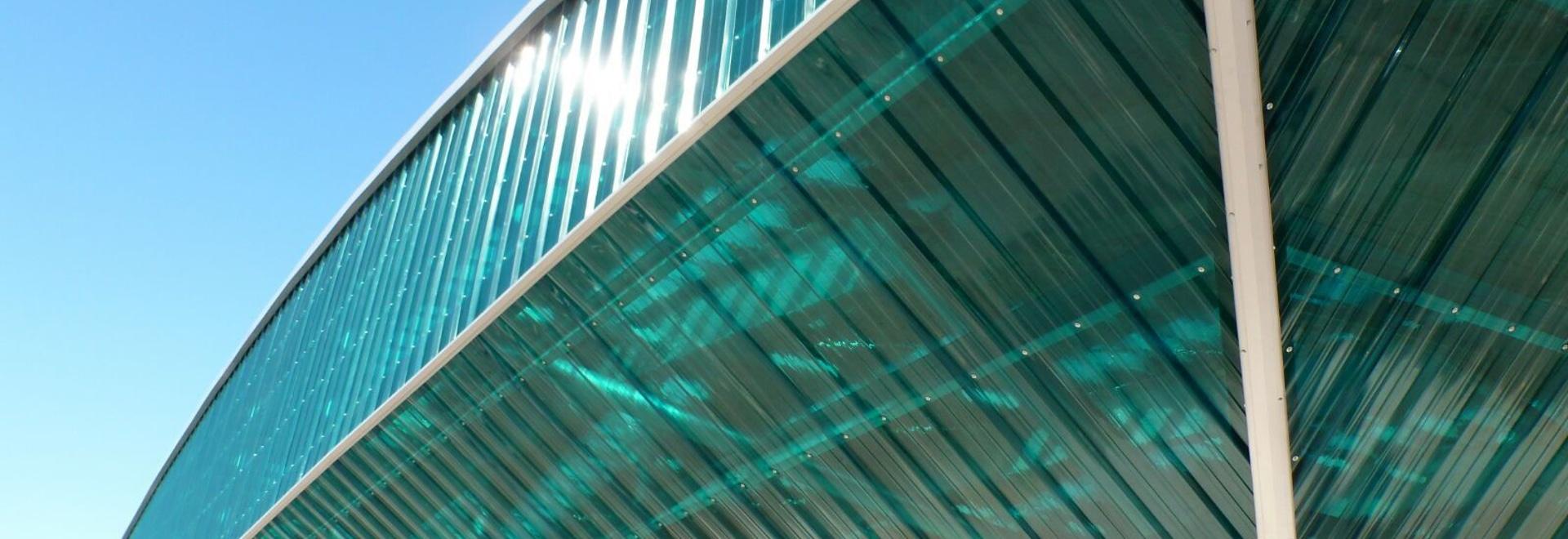 CUBIERTA CAMPO DE FESTA / SPAIN - SUNTUF® Solid polycarbonate panel