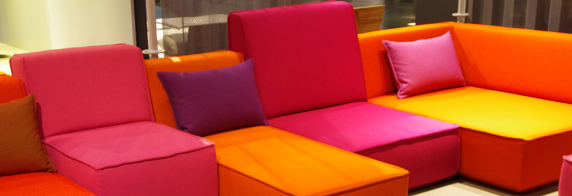 Cubit Sofa in orange and pink