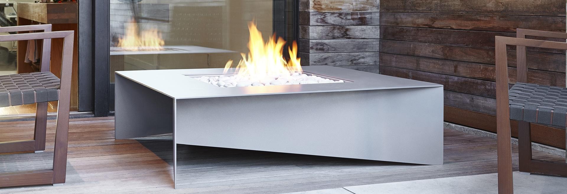 Fold modern fire table