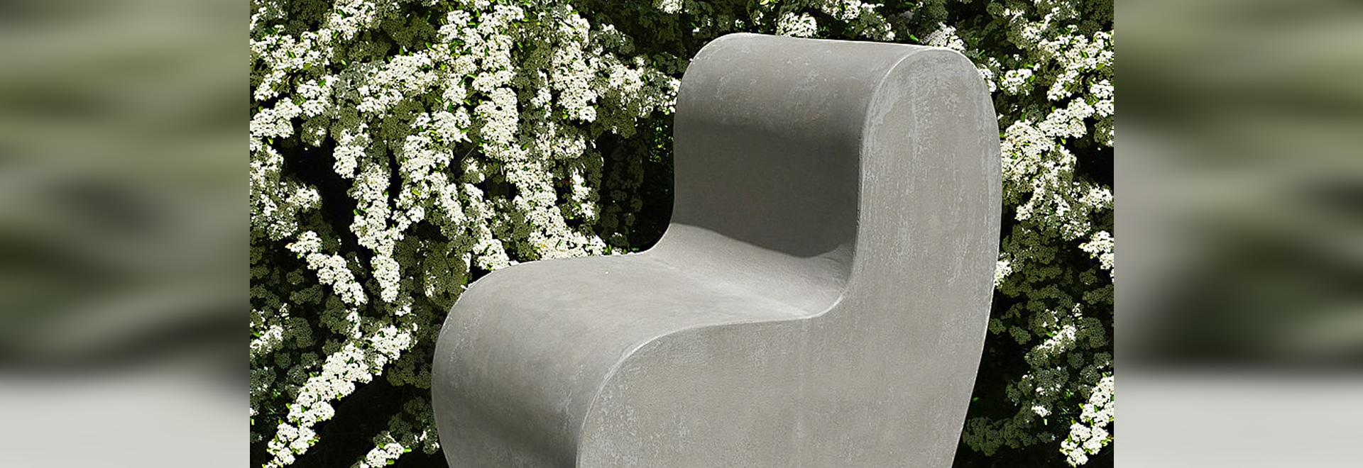 Furniture in cement for the new terraces