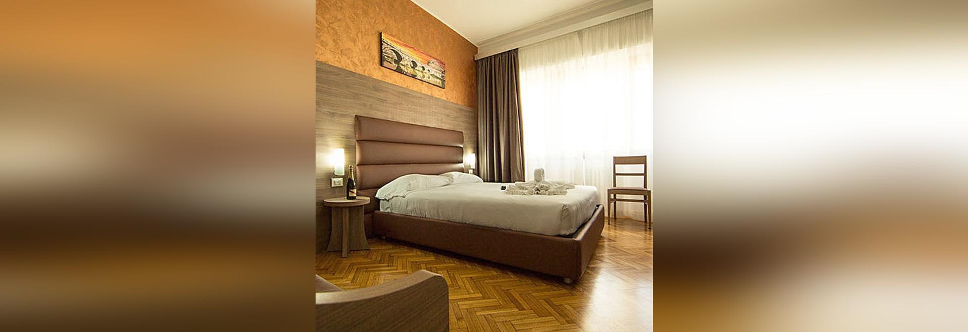 HEADBOARD MODEL FASHION for Hotels - by Mobilspazio