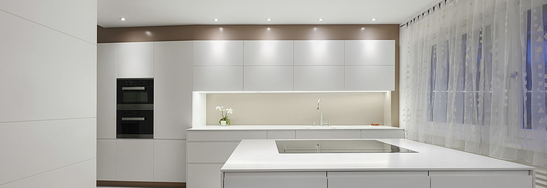 The latest Corian(R) kitchen from Planit - PLANIT