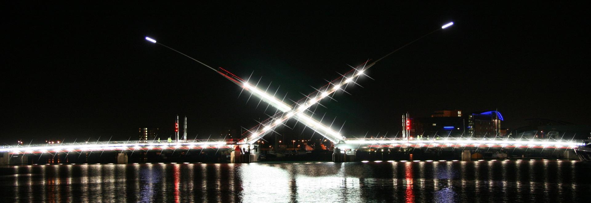 Macalloy S1030 Post Tensioning Bar - Twin Sails Brisge, Poole, UK
