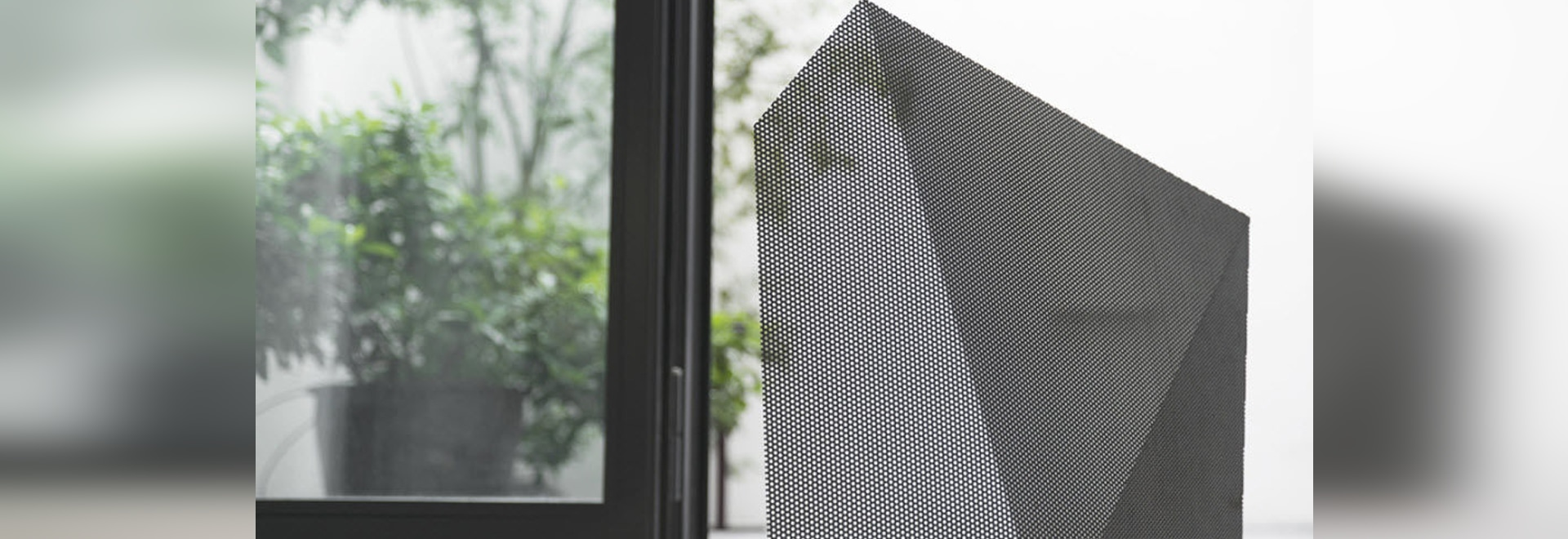 NEW: fireplace screen by EDIZIONI