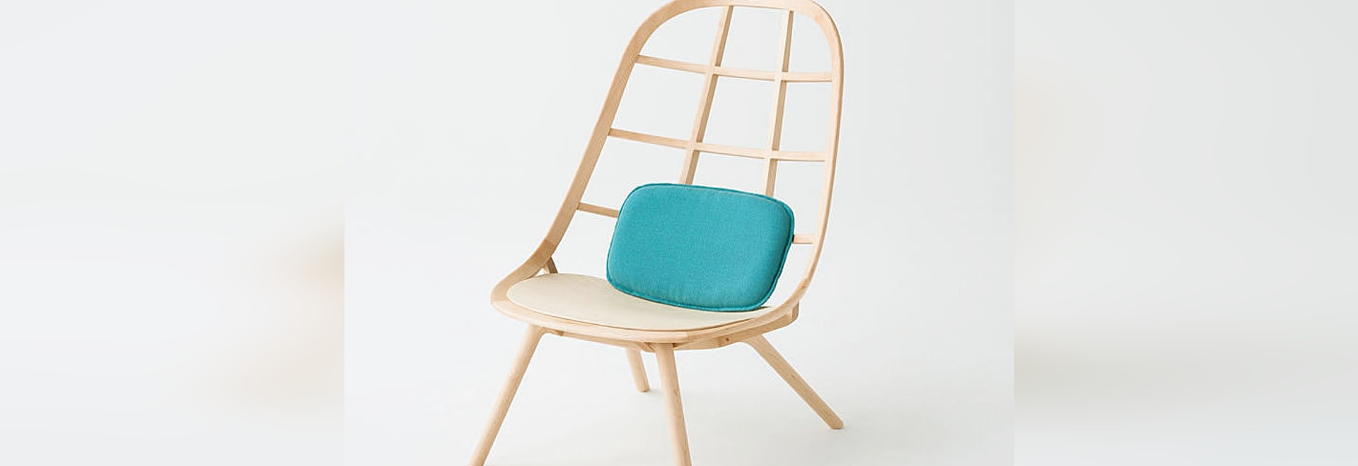 NEW: standard fireside chair by Meetee