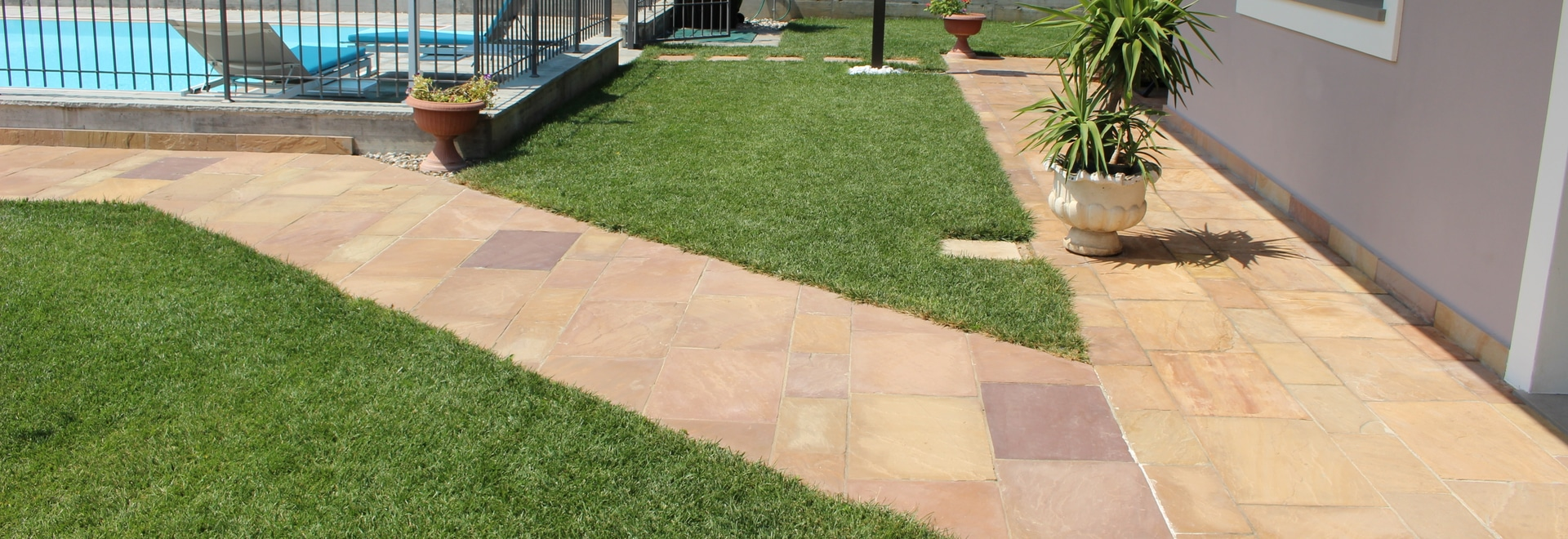 Outdoor flooring in quartzite LEIRIA ORO